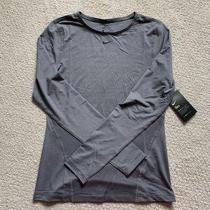 BNWT NIKE pro dri-fit long sleeve